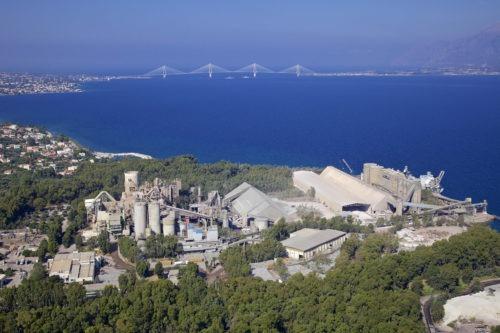 Ελλάδα - εργοστάσιο τσιμέντου Πάτρας
